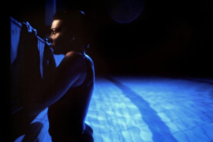 trois-couleurs-bleu-1993-02-g